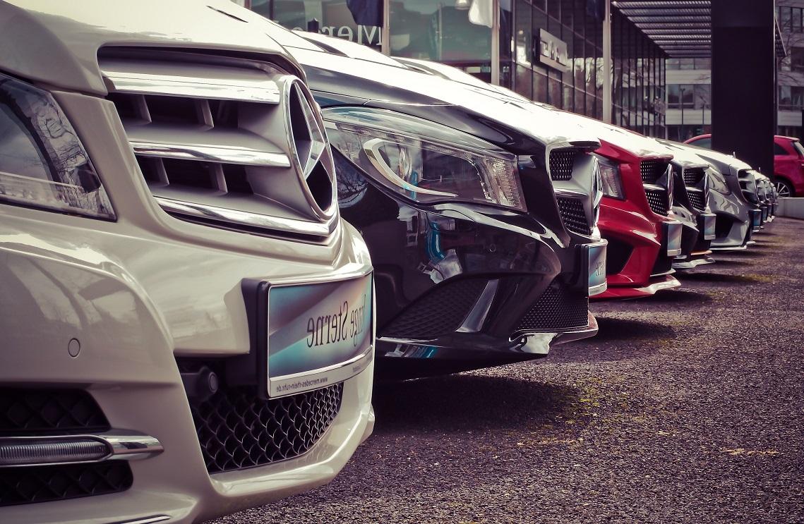 images/features/high-value-car-fleet.jpg